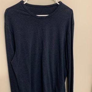 Lululemon 5 Year Basic Long Sleeve (large)